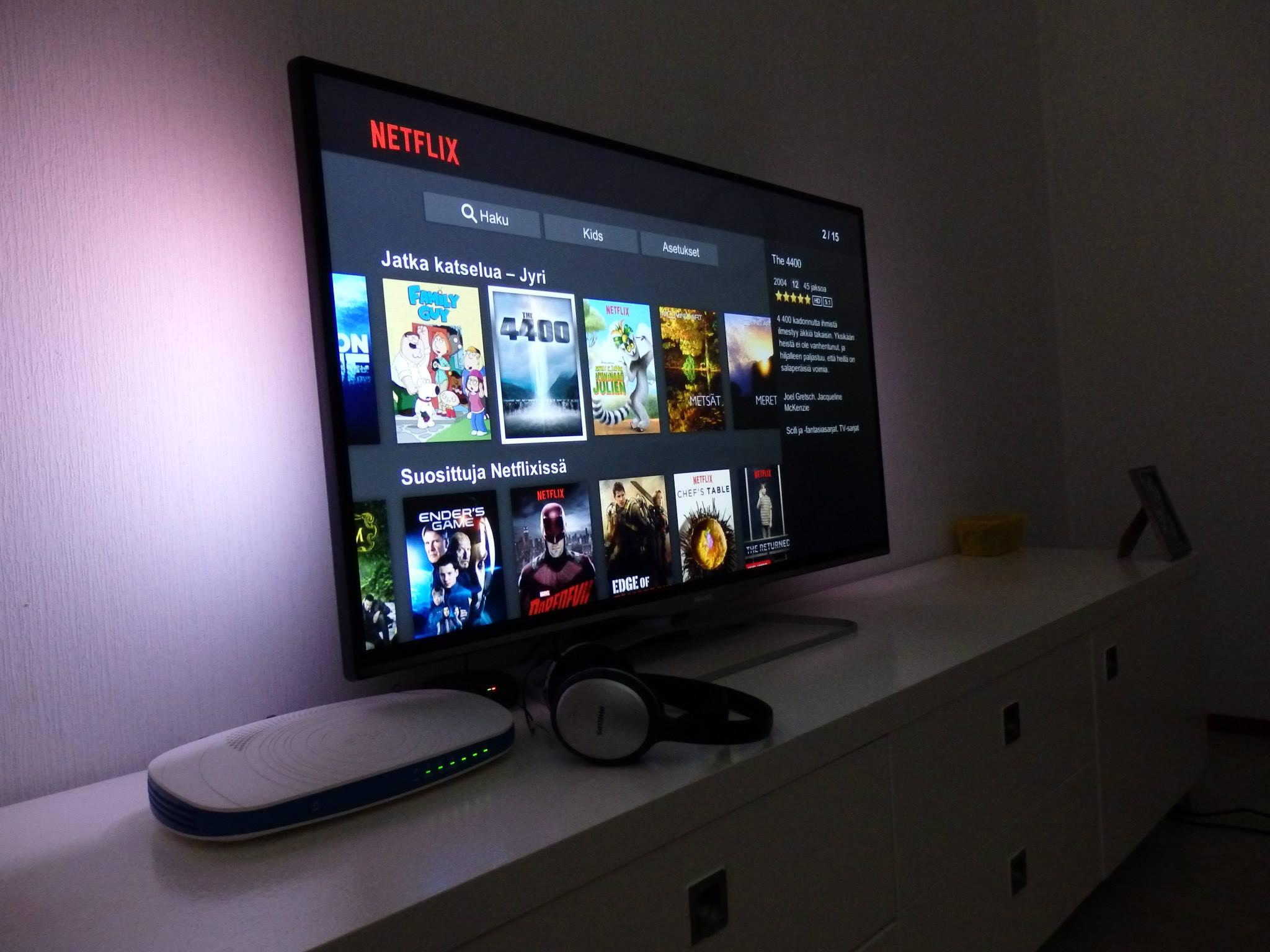 Netflix TV and headphones by Philips